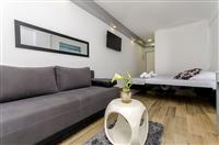 Soba S5, za 3 osoba/e