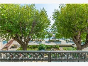 Apartmány Roko Duce, Rozloha 50,00 m2, Vzdušná vzdialenosť od mora 30 m, Vzdušná vzdialenosť od centra miesta 600 m