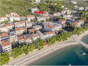 Ferienwohnungen Biser Tucepi, Größe 55,00 m2, Luftlinie bis zum Meer 100 m, Entfernung vom Ortszentrum (Luftlinie) 500 m