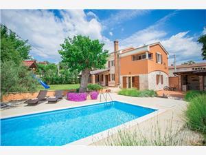 Soukromé ubytování s bazénem Petra Funtana (Porec),Rezervuj Soukromé ubytování s bazénem Petra Od 3759 kč