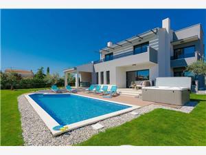 Villa Grande Porec, Méret 178,00 m2, Szállás medencével