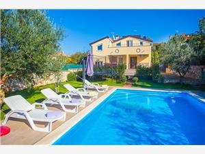 Namestitev z bazenom Modra Istra,Rezerviraj Eden Od 142 €