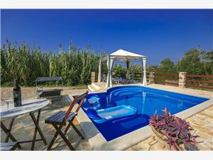 Accommodatie met zwembad Ester Bibinje,Reserveren Accommodatie met zwembad Ester Vanaf 104 €