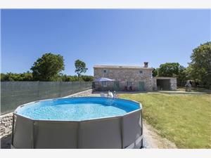 размещение с бассейном Ernest Krnica (Pula),Резервирай размещение с бассейном Ernest От 120 €