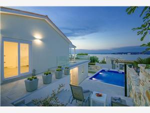 Accommodatie met zwembad Aurora Bibinje,Reserveren Accommodatie met zwembad Aurora Vanaf 198 €