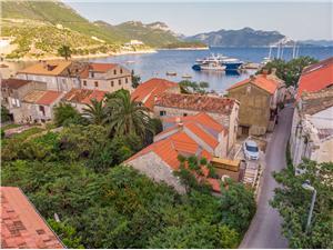 Huis Lazar Trstenik, Kwadratuur 75,00 m2, Lucht afstand tot de zee 50 m, Lucht afstand naar het centrum 50 m