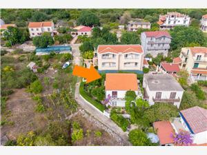 Dom Anima Mia Sucuraj - wyspa Hvar, Powierzchnia 110,00 m2, Odległość od centrum miasta, przez powietrze jest mierzona 200 m