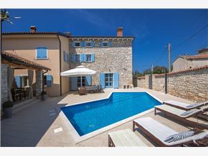 Villa Regina Perci Zelena Istra, Kvadratura 202,00 m2, Namestitev z bazenom