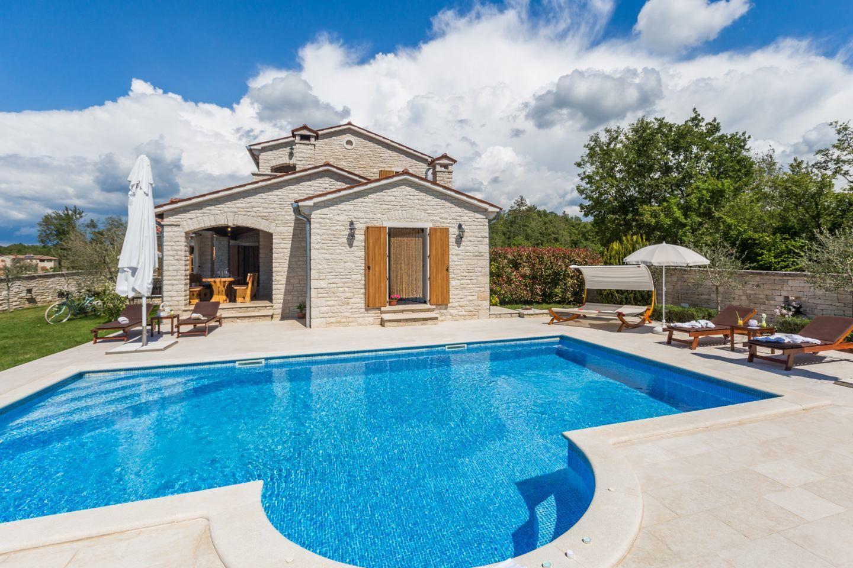 Hébergement avec piscine L'Istrie bleue,Réservez Stella De 360 €