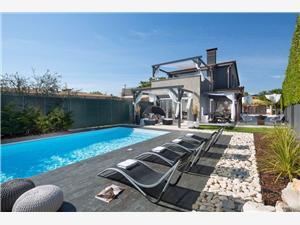 Hébergement avec piscine Evita Cervar - Porat (Porec),Réservez Hébergement avec piscine Evita De 360 €