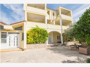 Appartementen Apartmani Zdenka Stara Novalja - eiland Pag, Kwadratuur 20,00 m2, Lucht afstand tot de zee 50 m