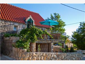 Stenen huize Split en Trogir Riviera,Reserveren Jeanette Vanaf 195 €