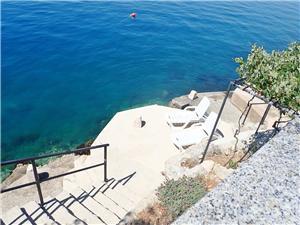 Appartements LILLY BY THE SEA Tribanj - Obicaj, Superficie 40,00 m2, Distance (vol d'oiseau) jusque la mer 5 m