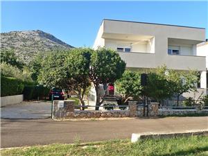 Appartementen location Starigrad Paklenica,Reserveren Appartementen location Vanaf 93 €
