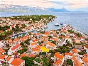 Apartment Relax Sucuraj - island Hvar, Size 40.00 m2, Airline distance to the sea 200 m, Airline distance to town centre 50 m