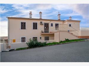 Apartman Sofija Rijeka, Kvadratura 55,00 m2, Zračna udaljenost od mora 150 m