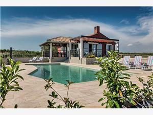 Villa Vilaval Pomer, Storlek 150,00 m2, Privat boende med pool