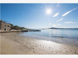 Hus Sandy Bay Zadars Riviera, Avlägsen stuga, Storlek 110,00 m2, Luftavstånd till havet 20 m