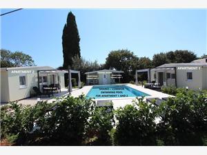 Apartmaji DONNA Rovinj, Kvadratura 33,00 m2, Namestitev z bazenom