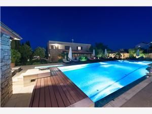Апартаменты Renata Murter - ostrov Murter, квадратура 100,00 m2, размещение с бассейном, Воздух расстояние до центра города 800 m
