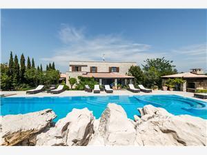 Apartmanok Villa Renata Murter - Murter sziget, Méret 100,00 m2, Szállás medencével, Központtól való távolság 800 m