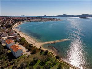 Apartmán Jaspis Riviéra Zadar, Prostor 90,00 m2, Vzdušní vzdálenost od moře 30 m