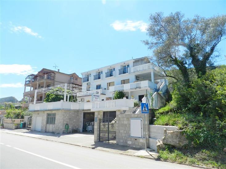 Apartments Klakor PS