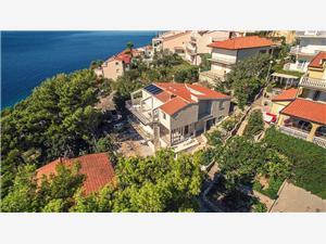 Apartmani VILLA DVORSKI Baška Voda, Kvadratura 30,00 m2, Zračna udaljenost od mora 100 m, Zračna udaljenost od centra mjesta 500 m