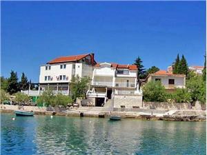 Апартаменты Mara Klek, квадратура 58,00 m2, Воздуха удалённость от моря 20 m, Воздух расстояние до центра города 800 m