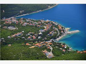 Apartmán MIRJAM Jadranovo (Crikvenica), Prostor 40,00 m2, Vzdušní vzdálenost od moře 100 m, Vzdušní vzdálenost od centra místa 500 m
