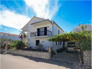 Appartementen Dragica Okrug Gornji (Ciovo),Reserveren Appartementen Dragica Vanaf 176 €