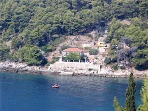 House Slavka Gdinj - island Hvar, Remote cottage, Size 100.00 m2, Airline distance to the sea 30 m