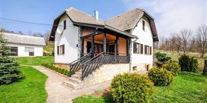 Kuća - Poljanak