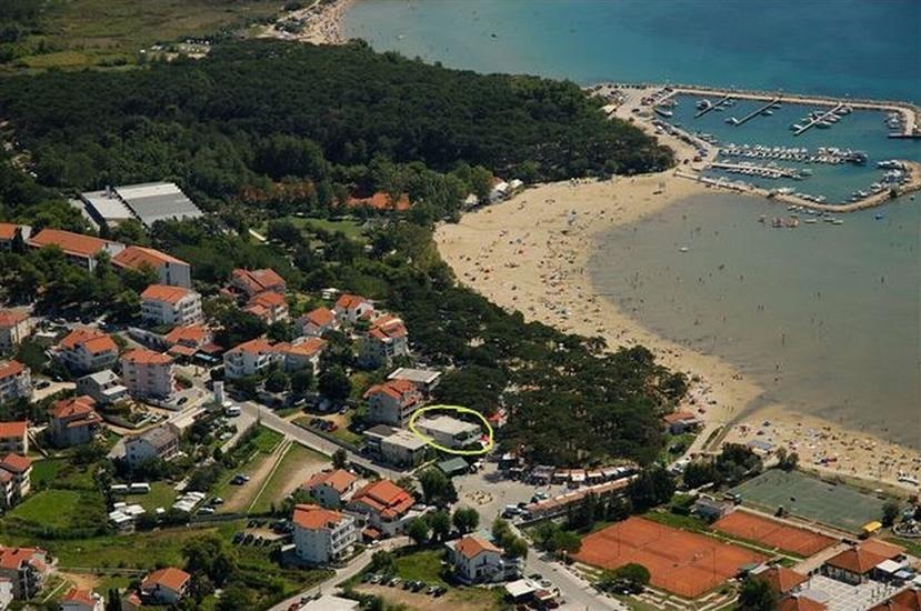 Appartementen Ruza-Rajska beach
