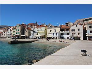 Appartement Fantov-Na Vrti Baska - eiland Krk, Kwadratuur 80,00 m2, Lucht afstand tot de zee 30 m, Lucht afstand naar het centrum 10 m