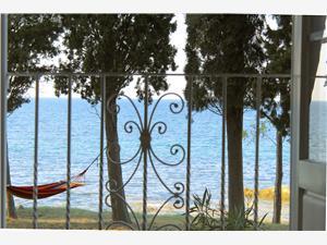 Location en bord de mer L'Istrie bleue,Réservez Apartment De 163 €