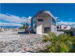 Počitniške hiše More Vir - otok Vir,Rezerviraj Počitniške hiše More Od 294 €