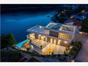 вилла Extravaganza Vinisce, размещение с бассейном, Воздуха удалённость от моря 20 m