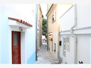 Apartments Francesca Baska - island Krk,Book Apartments Francesca From 70 €