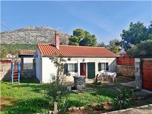 Hus CVITA-30 m from the beach Starigrad Paklenica, Storlek 40,00 m2, Luftavstånd till havet 30 m, Luftavståndet till centrum 300 m