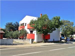 Lägenheter JAZ- 100 m from pebble beach Zadars Riviera, Storlek 20,00 m2, Luftavstånd till havet 100 m, Luftavståndet till centrum 500 m