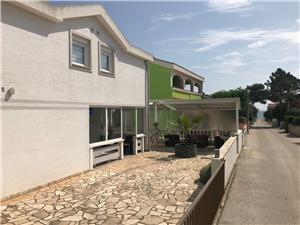Appartementen Marić Vir - eiland Vir,Reserveren Appartementen Marić Vanaf 49 €
