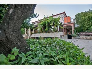 Апартаменты и Kомнаты Adriana-close to Paklenica NP Ривьера Задар, квадратура 13,00 m2, Воздуха удалённость от моря 200 m