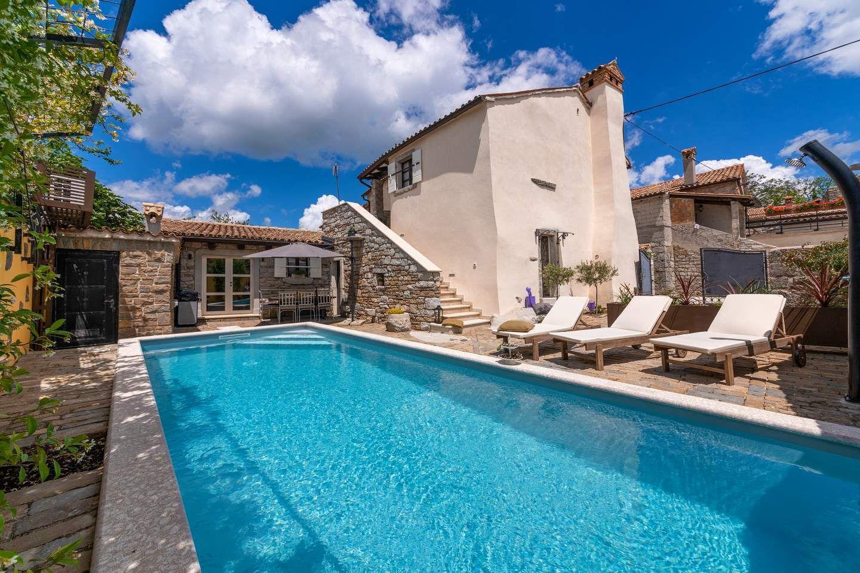 Hébergement avec piscine L'Istrie bleue,Réservez Gracisce De 285 €