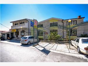 Appartamento e Camere Ivan Makarska, Dimensioni 16,00 m2, Distanza aerea dal centro città 400 m