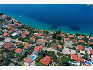 Accommodation with pool Nealeona Okrug Gornji (Ciovo),Book Accommodation with pool Nealeona From 134 €