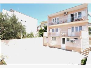 Apartmány Kure Primosten, Rozloha 30,00 m2, Vzdušná vzdialenosť od centra miesta 660 m