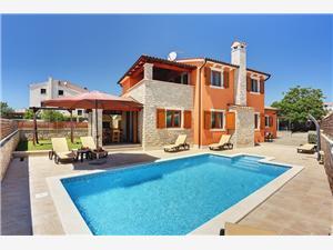 размещение с бассейном голубые Истрия,Резервирай Jurman От 271 €