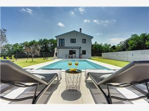 Villa Sain Pula, квадратура 250,00 m2, размещение с бассейном, Воздух расстояние до центра города 350 m