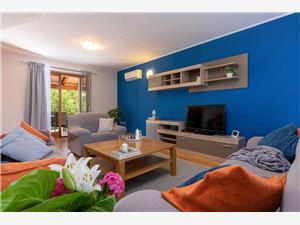 Accommodation with pool Alba Motovun,Book Accommodation with pool Alba From 148 €